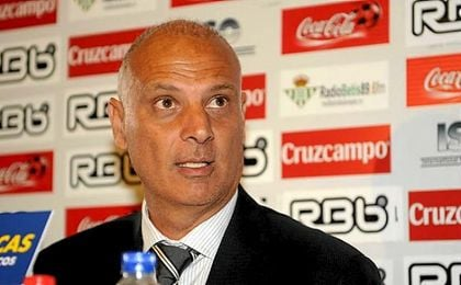 Tomas Caler, jefe los servicios médicos del Real Betis.