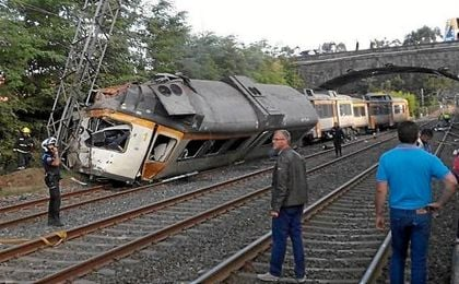 Estado en el que ha quedado el tren accidentado.