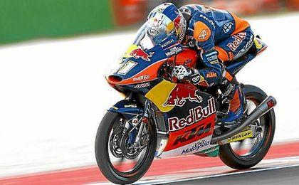 Binder logra la pole en Moto3 y Navarro saldrá quinto.