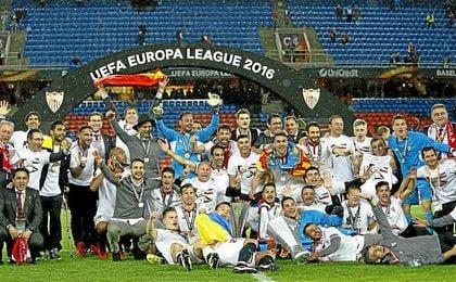 Sevilla, campeón de la Europa League 2015/16.