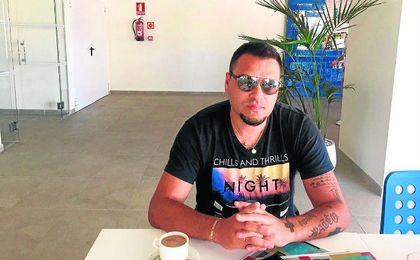 Imagen actual del ex sevillista Aldo Duscher, quien siguió en directo los entrenamientos de Sampaoli al frente del Sevilla Fútbol Club.