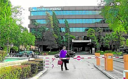 Sevillana Endesa ha reforzado el suministro de luz en el centro de la capital hispalense.
