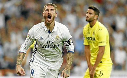 Sergio Ramos celebra el gol del empate ante el Villarreal.