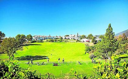 Situado en un paraje inigualable de la Costa del Sol, el Open de Andalucía lo acoge una entidad de reconocido prestigio.