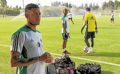 Sanabria acompañó al equipo a Montecastillo pero no se entrenó.