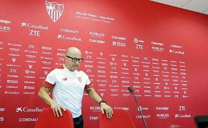 El entrenador del Sevilla F.C., Jorge Sampaoli.