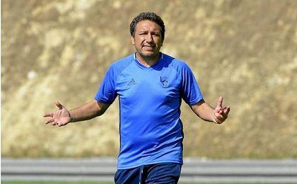 Eusebio Sacristán dirige el entrenamiento.