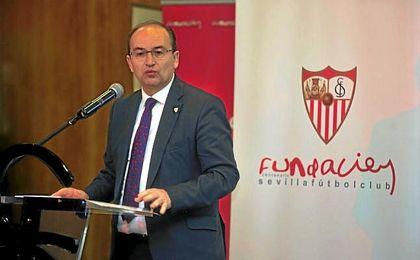José Castro, en un acto del Sevilla F.C.