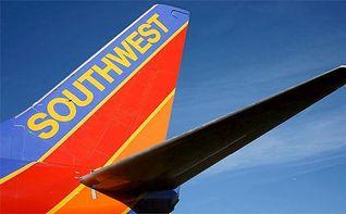 Evacuan un avión tras explotar un teléfono móvil a bordo