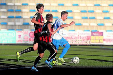 Cachana (en segundo plano) ha sido uno de los expulsados en el Carlos Marchena esta temporada.