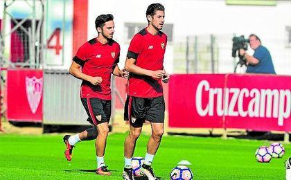 Escudero entrena junto a Sarabia.