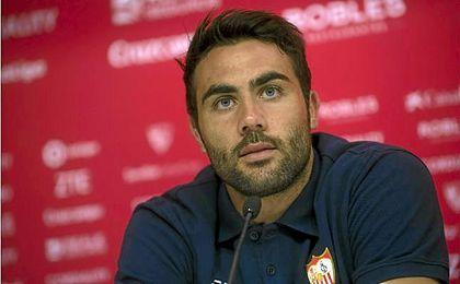 Vicente Iborra eligi� quedarse en el Sevilla FC.