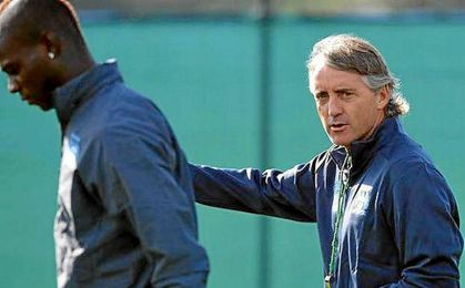 Mancini entrenó a Balotelli en el Inter.