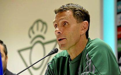 """""""Tenemos que hacer un partido muy bueno para tener opciones"""", aseguró Poyet en la previa del encuentro ante el Madrid."""