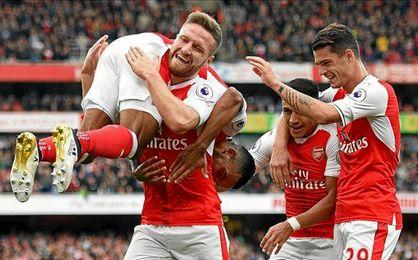 El Arsenal venció en su duelo ante el Swansea (3-2)