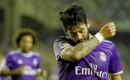 Isco se apuntó anoche dos goles en el Benito Villamarín.