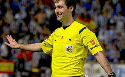 De Burgos Bengoetxea para el Betis-Espanyol.