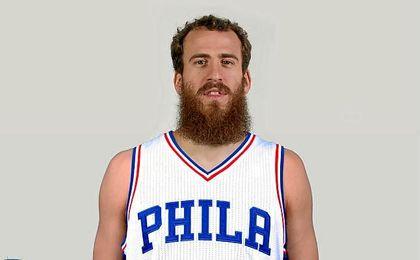 Tras vestir las camisetas de Blazers, Kings y Knicks en su primera etapa, el base canario ha recalado en Philadelphia.