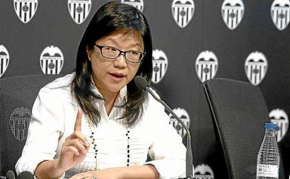 Lay Hoon, presidenta del Valencia, en una rueda de prensa.