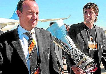 Rafa Benítez estuvo al borde de la destitución en el Valencia y acabó haciendo historia.