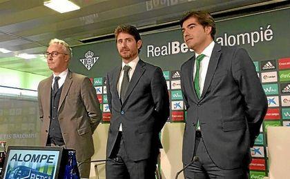Víctor, junto a Torrecilla y Haro.