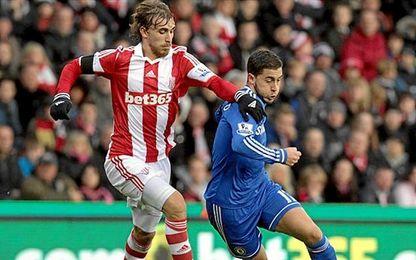Muniesa, que pugna con Eden Hazard, ha disputado 48 partidos en la Premier.