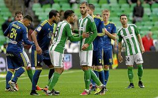 Pezzella: ´No podemos permitirnos hacer tres goles y no ganar´