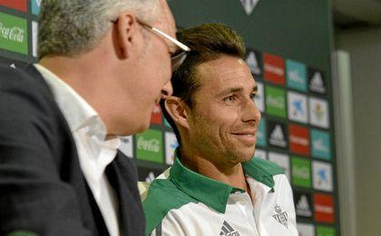 Hace algo más de dos semanas, Rubén Castro sellaba su continuidad en el Betis.