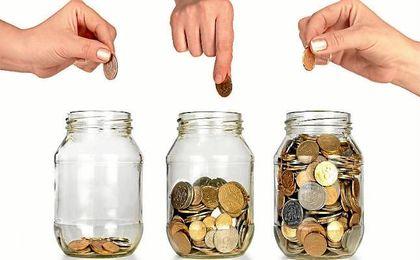 Casi la mitad de los españoles no logra ahorrar más de 200 euros al mes.