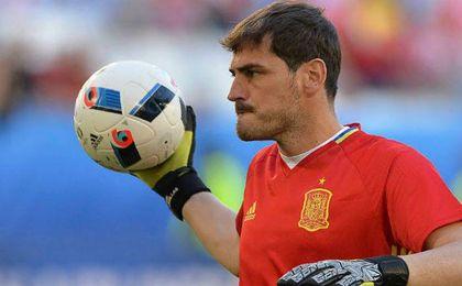 """Casillas: """"No iría a una convocatoria con la 'Roja' para ..."""