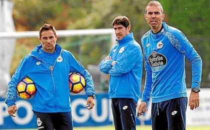 Garitano, durante un entrenamiento del Deportivo.