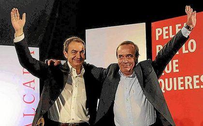 José Antonio Alonso, junto a José Luis Rodríguez Zapatero en una imagen de archivo.