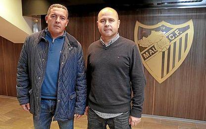 David Vizcaíno, junto a Pepe Calderón, excoordinador de captación de futbolistas en la cantera del Sevilla FC.