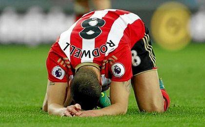 Rodwell (Sunderland) gana su primer partido de Premier League en 1.370 días