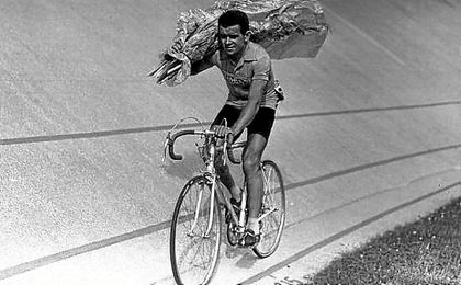 Fallece el ciclista Roger Walkowiak.