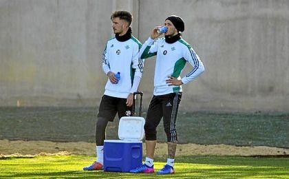 Sanabria y Piccini, novedades en la convocatoria del Betis ante el Valencia