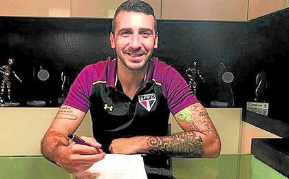 El delantero argentino fue una de las opciones para el ataque sevillista.