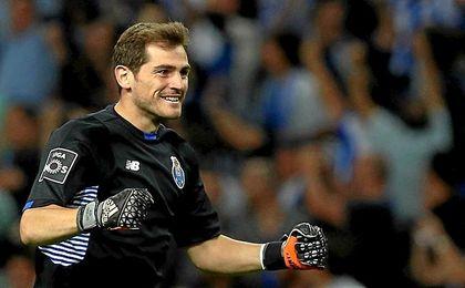 Casillas está brillando en el Oporto.