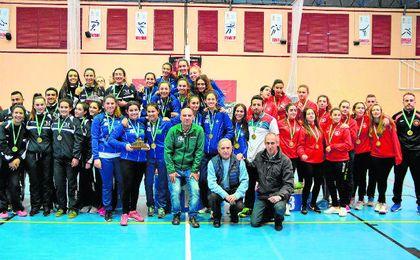 Las sevillanas se proclamaron la mejor selección femenina de la comunidad andaluza.