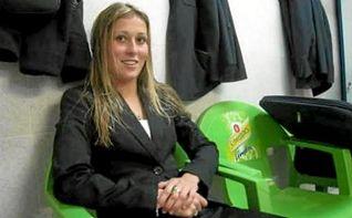 Rocío Puente, una árbitra española en la Eurocopa de Holanda