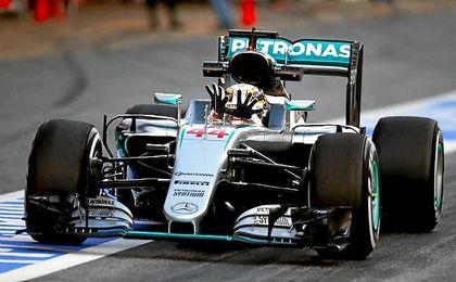 """Hamilton afirma que no tiene """"ningún problema"""" con Bottas"""
