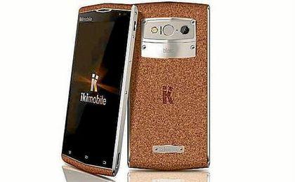 IKi presentará un móvil hecho con corcho.