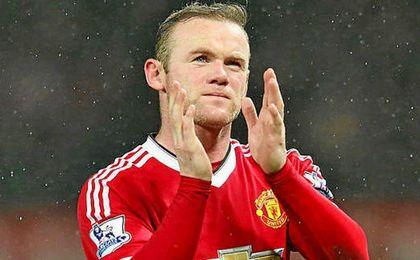 Wayne Rooney pasaría a ser el futbolista mejor pagado del mundo.