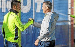Sansone es la única duda de Escribá ante el Real Madrid