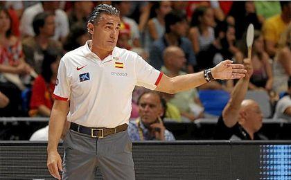 Scariolo inicia una gira por Estados Unidos para visitar a los 10 españoles NBA