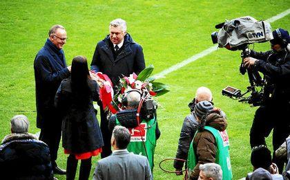 Ancelotti, homenajeado por el Bayern por sus 1.000 partidos como técnico