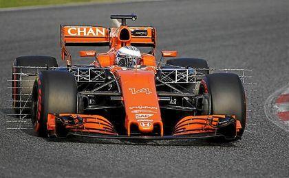 Alonso rodará esta tarde tras una fuga de aceite que interrumpió su sesión