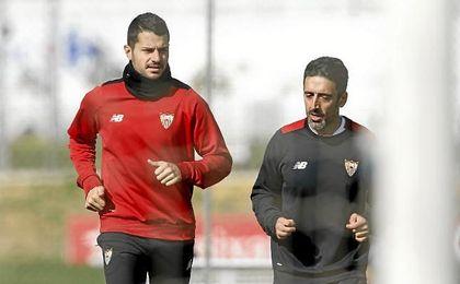 Vitolo entrena al margen del grupo.