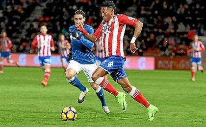 El jugador sufre una lesión muscular.