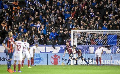El Sevilla llevaba semanas jugando con fuego.